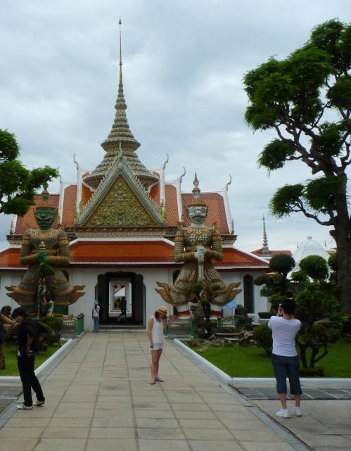 bangkok_foto_wat_arun_guard