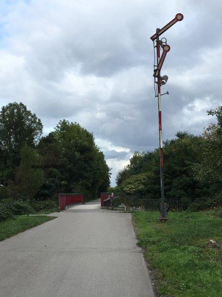 Foto RS1 Radschnellweg Signalanlage